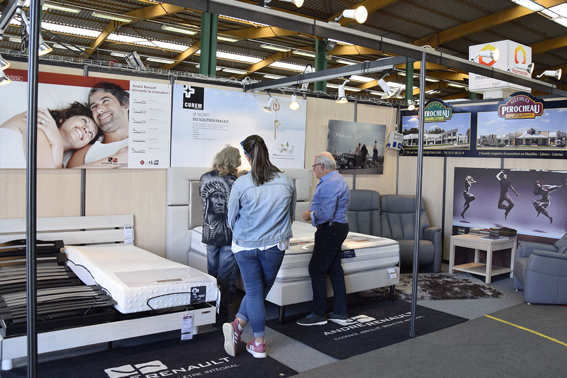 exposants de la foire des min es challans 29. Black Bedroom Furniture Sets. Home Design Ideas